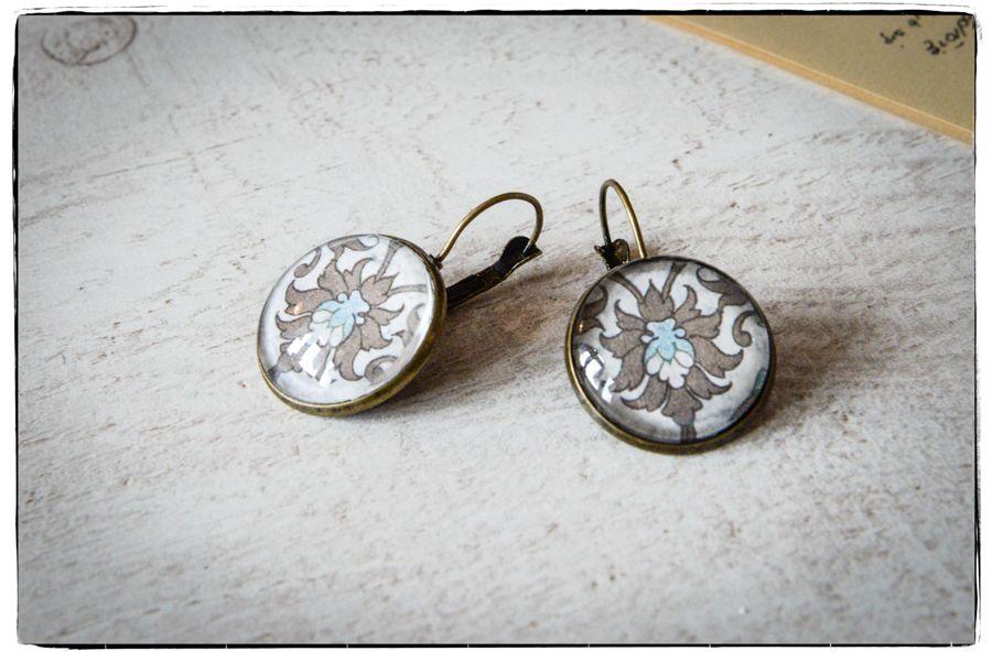 Kolczyki szklany kaboszon Secesyjna elegancja