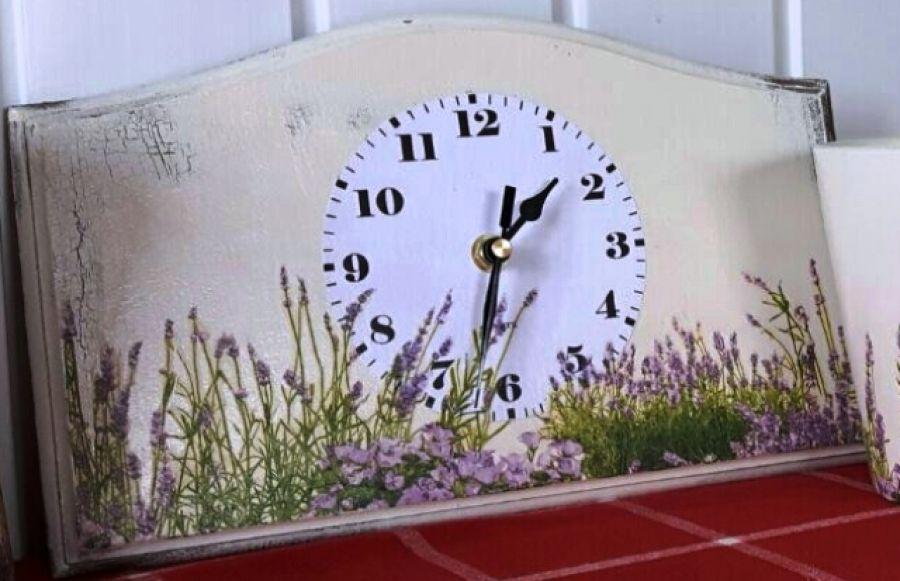 Zegar lawendowa łąka lawenda