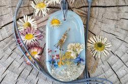 Naszyjnik z suszonych kwiatów