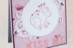 Kiss me  - oryginalna walentynka z żabką