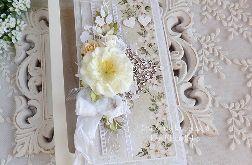 Ślubna kartka w pudełku 447