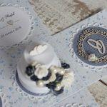 Romantyczny exploding box na ślub z tortem N