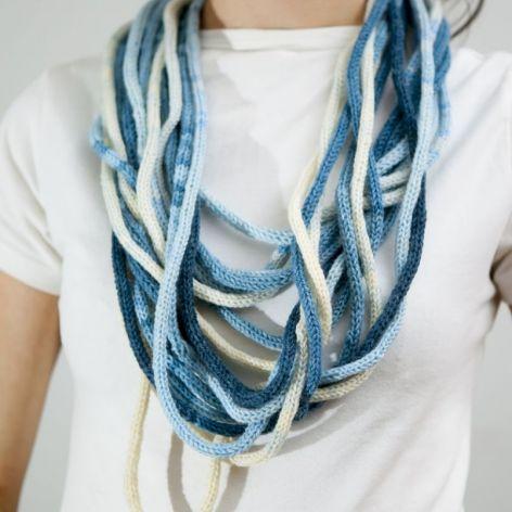 Zamotka w odcieniach niebieskiego