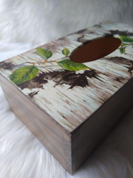 chustecznik z korą brzozy - widok z boku
