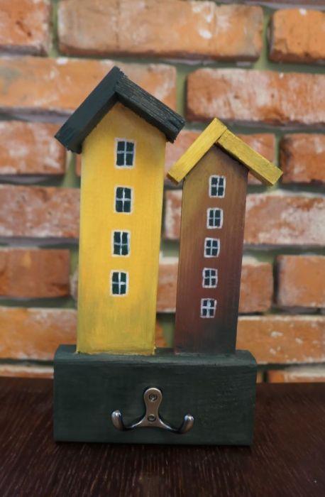 Wieszak na klucze - kolorowe domki