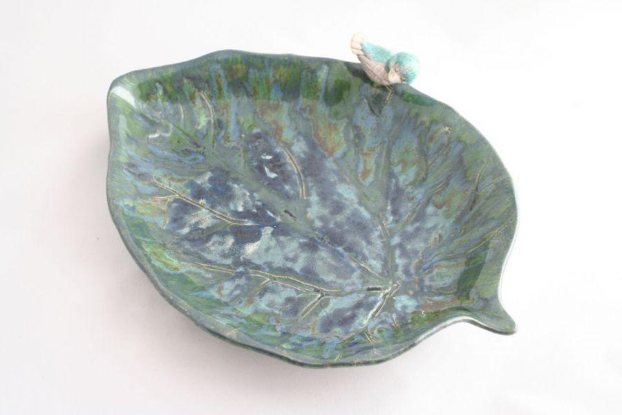 Patera w kształcie liścia z ptaszkiem