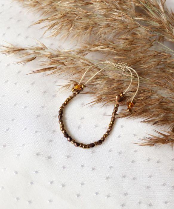 Bransoletka z brązowym serduszkiem hematytu - Bransoletka z brązowymi koralikami