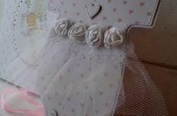 Kartka sukieneczka na chrzest w pudełku
