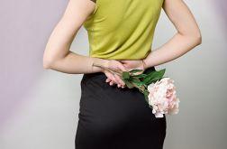 Ołówkowa spódnica z tiulowym dołem