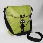 Młodzieżowa torebka z kotkiem zielona