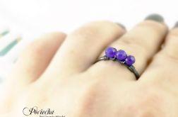 Fiolet - pierścionek z jadeitem
