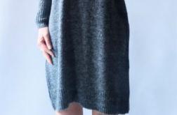 Sukienka oversize z kieszeniami 014