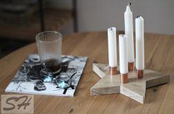 Drewniany świecznik adwentowy