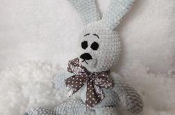 szydełkowa maskotka - królik