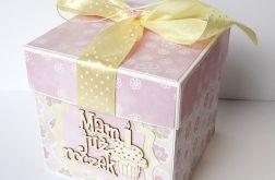 Pudełko, kartka na roczek dla dziewczynbki