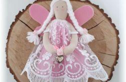 Aniołek różowy koronkowy