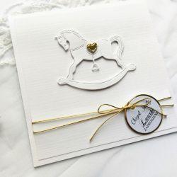 Zaproszenia na chrzest z konikiem na biegunach