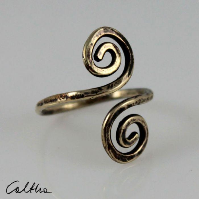 Zawijasy - mosiężny pierścionek 200112-04