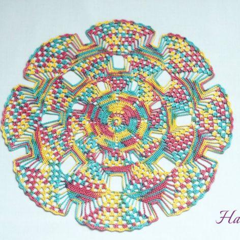 Kolorowa szydełkowa serweta 3D, rękodzieło