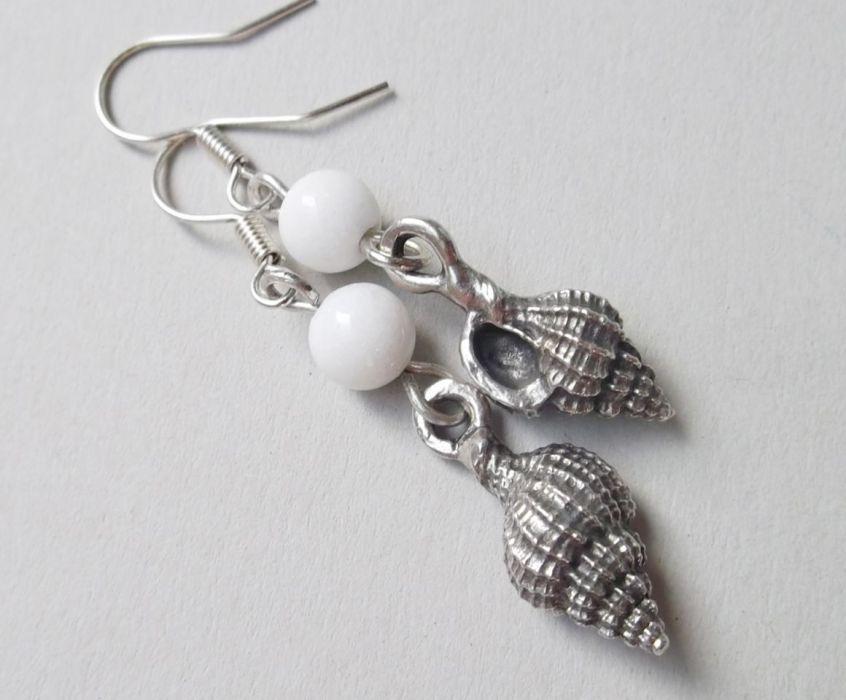 Kolczyki z muszelkami i kamieniami -
