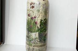 Butelka z ogródkiem ziołowym decoupage