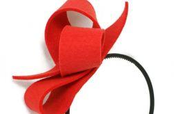 Fascynator czerwony 13cm