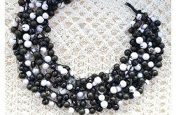 4793 naszyjnik czarny biały