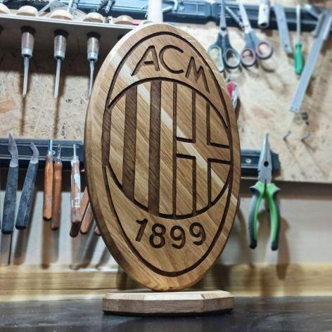Statuetka inspirowana logo klubu piłkarskiego 4