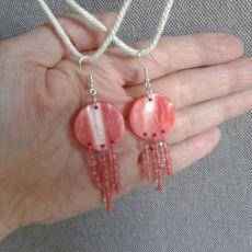 Kolczyki z koralowej masy  perłowej