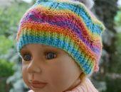 Kolorowa czapeczka z futerkowym pomponikiem ;o)