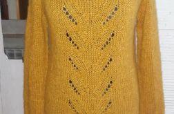 Musztardowy sweter z ażurem alpaka jedwab