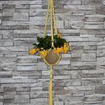 Żółty makramowy kwietnik - bawełniany sznurkowy kwietnik