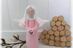 Anioł różowo-biały w kropki