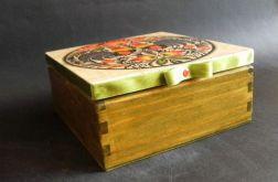 Herbaciarka-szkatułka w stylu folk