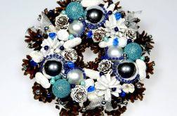Mały wianek świąteczny srebrno-biało-niebiesk