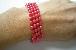 bransoletka koralikowa czerwona