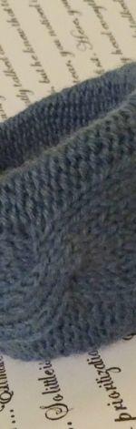 Stylowa bransoletka z włóczki
