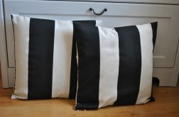 Poszewka dekoracyjna -czarno-białe pasy