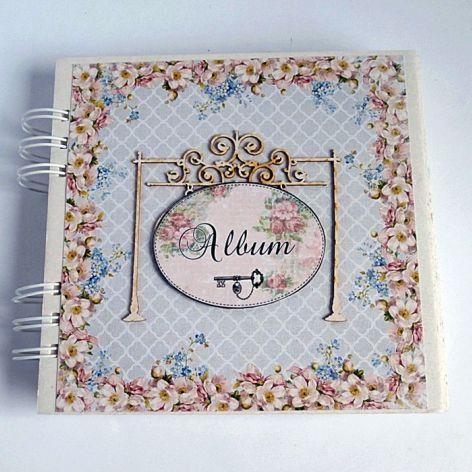Ozdobiony album