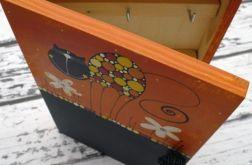 pudełko na klucze z tablicą kotek