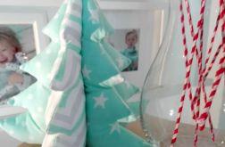 Choinka świąteczna w gwiazdki zygzak kropki