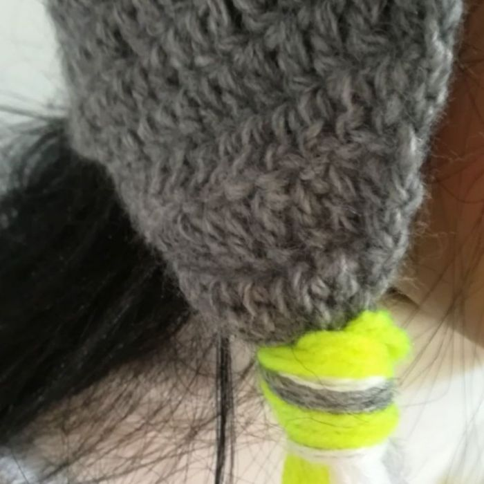 czapka neonowy miś - żółte warkocze czapka