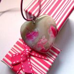 Kolorowe serce, agat i srebro, wisiorek