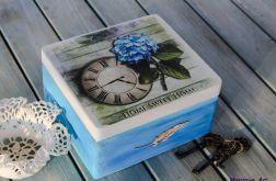 Ozdobne pudełko na biżuterię, prezent