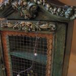 Urocza skrzyneczka na klucze, biżuterię