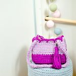 Torebka-kuferek w odcieniach fioletu, jedyna