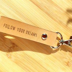 Brelok follow your dreams