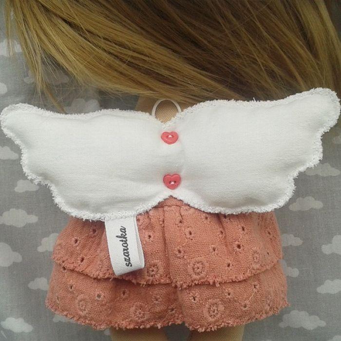 ANIOŁEK lalka - dekoracja tekstylna, OOAK/24 - tak wyglądam z tyłu