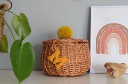 Personalizowany koszyk wiklinowy dla dziecka