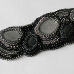 beaded embroidery czerń i szarości -